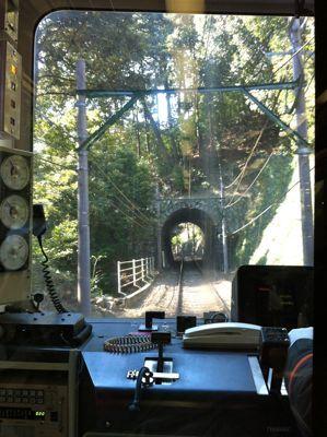 トンネル01.jpg