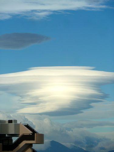 吊るし雲061901.jpg